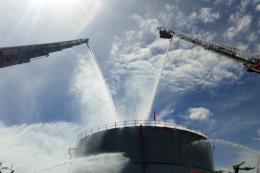 Diễn tập xử lý tình huống cháy lớn tại Nhà máy Nhiệt điện