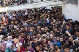 EU viện trợ khẩn cấp cho Hy Lạp để trợ giúp người tị nạn