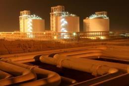 """""""Vàng đen"""" xuống giá bất chấp lượng dầu dự trữ của Mỹ giảm mạnh"""