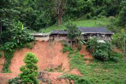 Dự báo thời tiết Điện Biên: Từ 25/8 có lúc mưa rào, đề phòng có gió giật mạnh