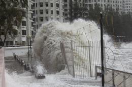 Vietnam Airlines lùi giờ 8 chuyến bay do bão Pakhar tại Trung Quốc