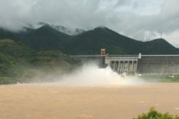 Mực nước lũ trên sông Thao và Hoàng Long đang lên nhanh