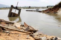 Cứu trợ khẩn cấp hơn 1,5 tỷ đồng cho người bị thiệt hại do bão số 10