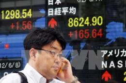 Chứng khoán Nhật Bản tăng điểm mạnh, hầu hết các thị trường châu Á khác lùi bước