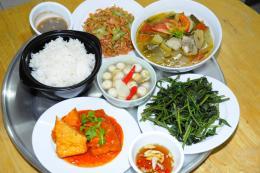"""Siêu thị """"Bữa ăn an toàn"""" đầu tiên đã có mặt tại Hà Nội"""