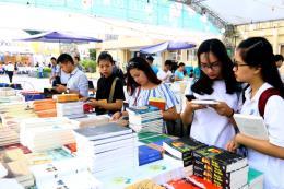 Hội Sách Hà Nội 2017: Hun đúc tình yêu văn hóa đọc