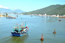 Tạo động lực thúc đẩy phát triển kinh tế bền vững khu vực miền Trung