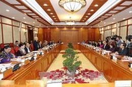 Bộ Chính trị làm việc với Thường vụ Thành ủy Hà Nội