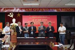 Ký hợp đồng xây dựng đường vành đai 3 Hà Nội, đoạn Mai Dịch - Cổ Nhuế