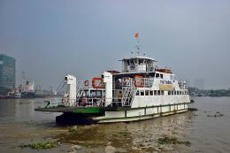 Thi công sửa chữa cầu Tân An: Bố trí 2 chiếc phà trên sông Vàm Cỏ Tây
