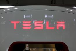 Tesla xây dựng nhà máy sản xuất xe điện ở Trung Quốc