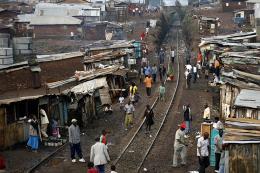 Các khu nhà ổ chuột chịu thời tiết nóng nực hơn do biến đổi khí hậu