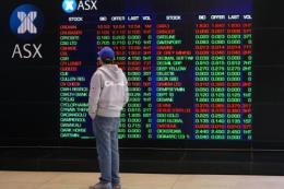 Thị trường chứng khoán châu Á đan xen sắc xanh-đỏ