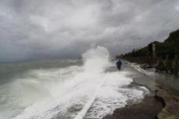 Hoàn lưu áp thấp nhiệt đới gây mưa to cho các tỉnh từ Quảng Nam đến Bình Thuận, Tây Nguyên