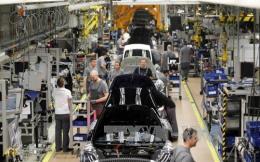 Anh: Xuất khẩu ô tô tăng nhưng tiêu thụ trong nước lại giảm