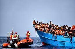 Italy kiên quyết lập trường cứng rắn đối với vấn đề di cư