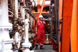 Số giàn khoan của Mỹ tăng lên đẩy giá dầu châu Á đi xuống