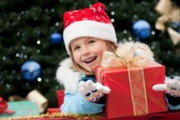 Gợi ý tặng quà Noel cho bé gái
