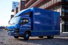 Lô xe tải điện đầu tiên của Daimler đến tay khách hàng châu Âu
