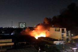 Thành phố Hồ Chí Minh: Cháy lớn ở xưởng nệm mút