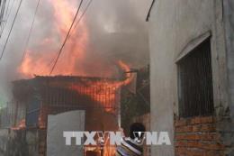 Hà Nội: Cháy lớn tại phố Y Miếu ngày mùng 2 Tết