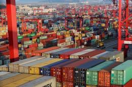 """Hoạt động xuất-nhập khẩu của Trung Quốc """"giảm nhiệt"""""""