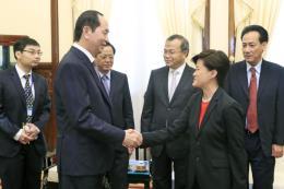 Chủ tịch nước Trần Đại Quang tiếp Đại sứ Singapore tại Việt Nam