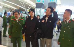 Bàn giao hai đối tượng người Hàn Quốc bị truy nã cho Cảnh sát Hàn Quốc