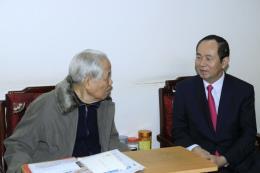 Chủ tịch nước Trần Đại Quang chúc thọ nguyên Tổng Bí thư Đỗ Mười