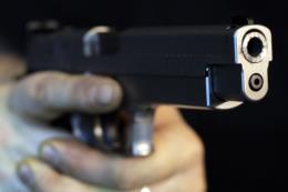 Nổ súng tại Italy