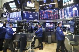 Le Monde: Dấu hiệu cáo chung của chính sách cho vay lãi suất thấp