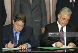 Israel ký thỏa thuận khí đốt