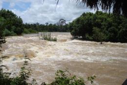 Tìm thấy thi thể 2 nạn nhân bị nước cuốn trôi trên sông Sêrêpốk