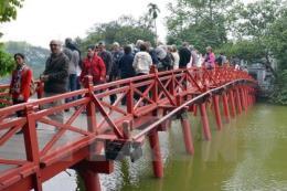 Khai thác nhiều tour du lịch văn hóa Hà Nội