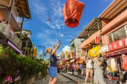 Tưng bừng ngày hội du lịch Vietravel 2018