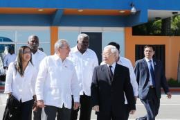 Xung lực mới cho quan hệ Việt Nam–Pháp, Việt Nam–Cuba