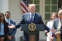 Tổng thống Mỹ nhận định Trung Quốc thao túng tiền tệ