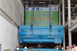 Lắp đặt thành công máy phát tổ máy số 1 nhiệt điện Sông Hậu