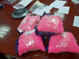 Hà Nội bắt giữ lô hàng nghi ma túy chuyển phát nhanh lớn nhất từ trước đến nay