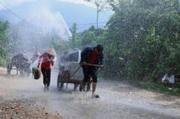 Đêm 20/4, các khu vực trong cả nước đều có mưa và dông