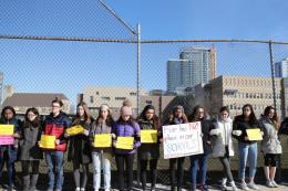 Học sinh Mỹ tuần hành quy mô lớn phản đối súng đạn