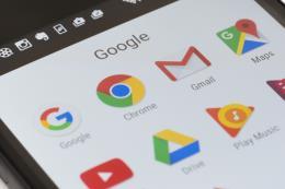 """Google với tham vọng """"giải phóng"""" người dùng khỏi sự lệ thuộc vào điện thoại di động"""