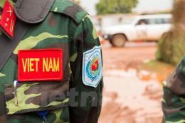 Trao quyết định cho 7 sĩ quan làm nhiệm vụ gìn giữ hòa bình Liên Hợp Quốc