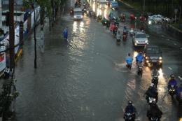 Dự báo thời tiết hôm nay 22/5: Nhiều vùng có khả năng xảy ra tố, lốc, mưa đá