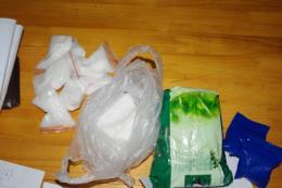 Bắt giữ lô ma túy tổng hợp vận chuyển theo đường chuyển phát nhanh vào Hà Nội