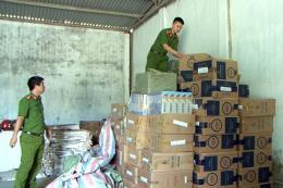 Bắt giữ hơn 55 ngàn bao thuốc lá nhập lậu