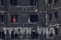 Tấm ốp bên ngoài Tháp Grenfell bị cháy không đáp ứng tiêu chuẩn an toàn