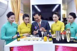 Vietnam Airlines sắp phục vụ 11 loại cocktail mới trên chặng bay quốc tế