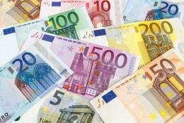 """Italy khẳng định đồng euro là """"tuyệt đối cần thiết"""""""