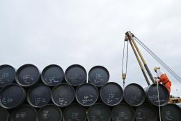 Nga và Saudi Arabia đề xuất tăng sản lượng của OPEC thêm 1,5 triệu thùng/ngày